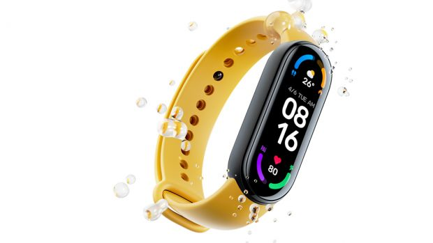 Read more about the article Amazon providing 50% discount on water-resistant fitness band.